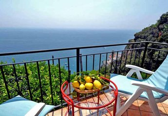 Apartment in Italy, Ravello: 01 Il Postino balcony with sea view