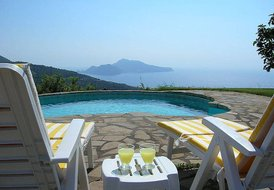 VILLA ANTOMA, with private pool, Isle of Capri view in Sorrento coast