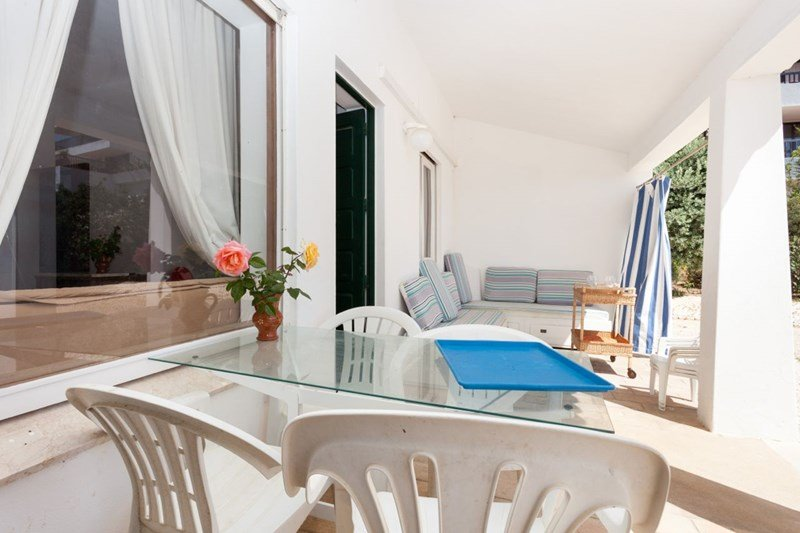 Owners abroad Lovely old patio apartment by the sea, Lagos