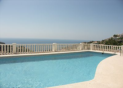 Villa in Spain, Cumbre del Sol: sea view from pool