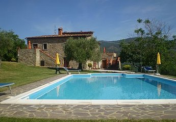 7 bedroom Cottage for rent in Lisciano Niccone