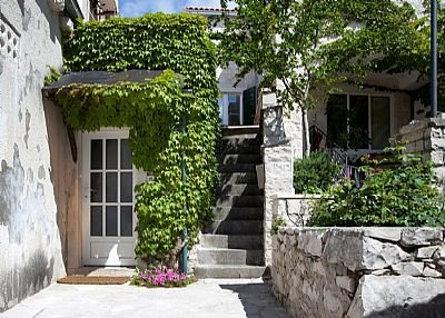 House in Croatia, Pučišća: Exterior