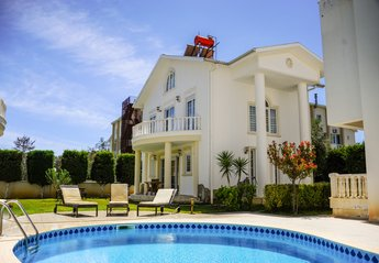 4 bedroom Villa for rent in Belek