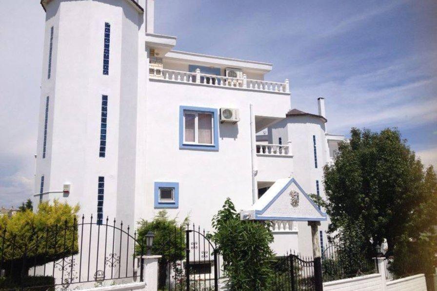 Owners abroad Mcnamara Villa Altinkum Turkey
