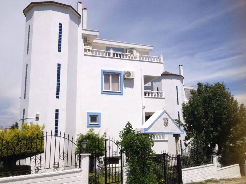 Villa in Turkey, Altinkum