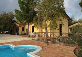 Apartment in Belpasso, Sicily: Villa From Outside
