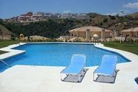 Apartment in Spain, Calahonda: Panoramic Views from Pool