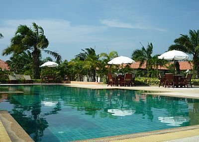 Villa in Thailand, Jomtien: Communal pool 01