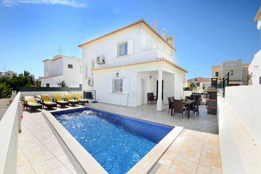 Villa To Rent In Albufeira Old Town Algarve With Private