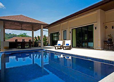 Villa in Thailand, Nai Harn: Luxury Phuket Villa