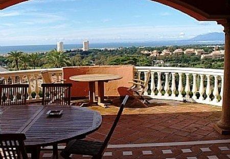 Villa in Urbanizacion Chapas, Spain: Terrace and views