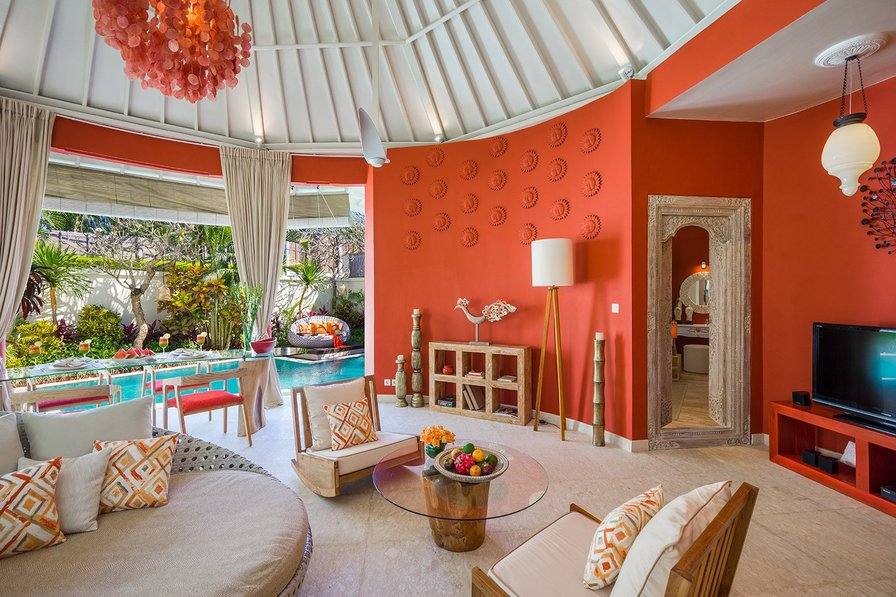Owners abroad Warm and funky villa Sun. 4s villas at Seminyak square