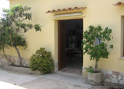 House in Italy, Castellammare del Golfo: entrance
