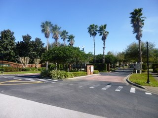 Villa in USA, Sunset Lakes: Gated entrance to Sunset Lakes