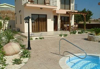 3 bedroom Villa for rent in Pissouri