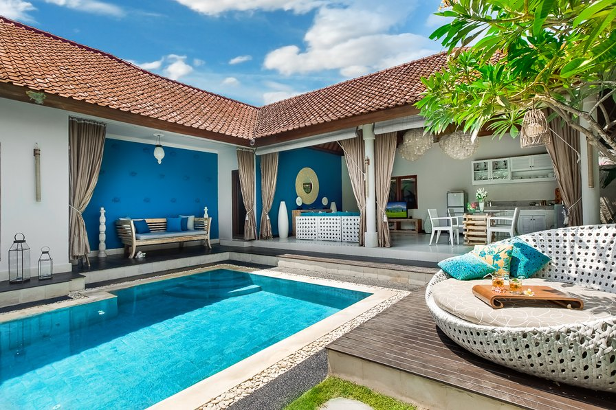 Villa to rent in Seminyak, Bali with private pool | 76368