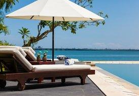 Villa Sunset. Ocean view family residence w MOTOR BOAT