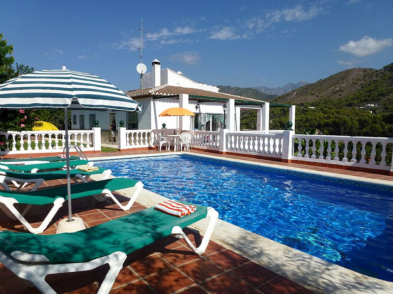 Villa in Spain, Los Tablazos: villa and pool area