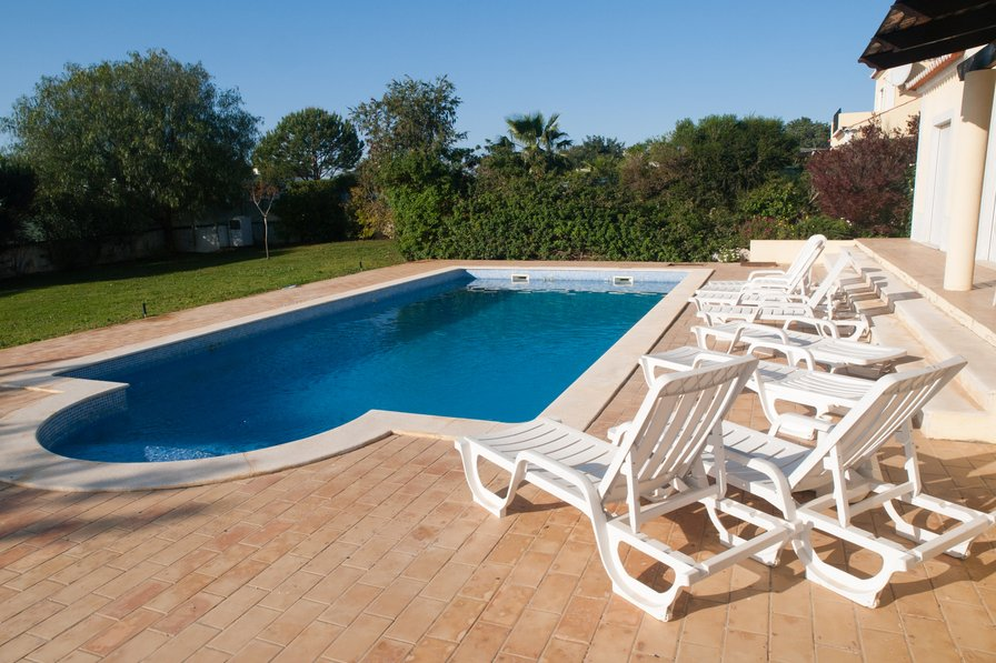 Villa To Rent In Olhăo Algarve With Private Pool 76596