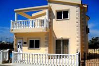 Villa in Cyprus, Nissi Beach: Villa Tia