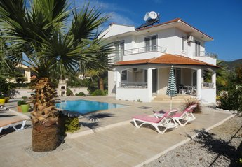 3 bedroom Villa for rent in Calis Beach