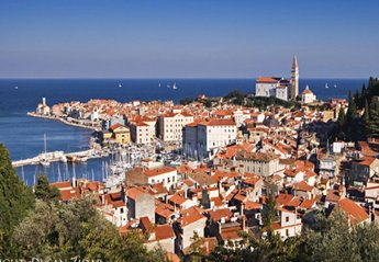 House in Slovenia, Primorska: View over Piran city