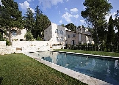 Country house in Italy, Spoleto Area: The villa and the pool