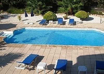 Villa in Cyprus, Coral Bay: The pool area
