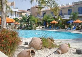 *FREE WI-FI + WELCOME PACK.* POOLSIDE HOUSE IN CENTRAL  PAPHOS .