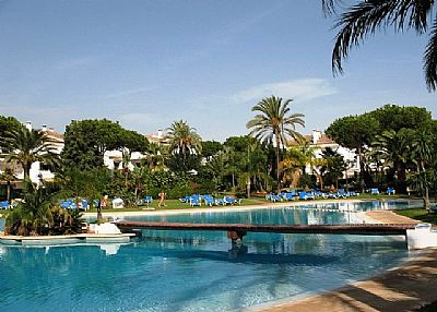 Apartment in Spain, Estepona-Cancelada: Beautiful swimming pool areas, 5 in total