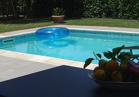 BEAUTIFUL VILLA WITH PRIVATE POOL IN THE CENTRE