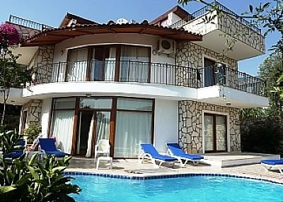 Villa in Turkey, Kalkan: Pool and Living Area Terrace