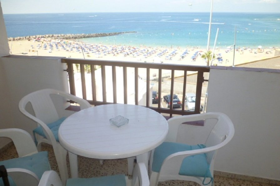 Owners abroad Virginia - 2 bed apartment in Los Cristianos