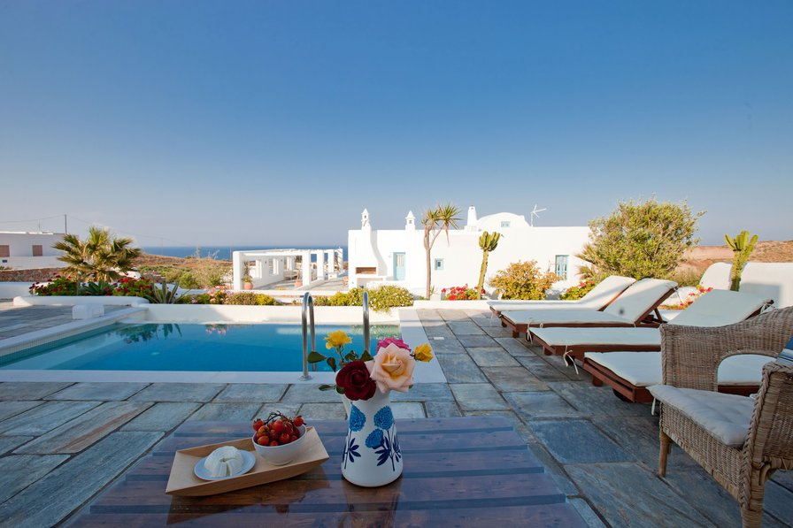 Villa in Greece, Vourvoulos