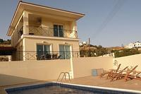 Villa in Cyprus, Anafotia: Private Pool and Sunbeds