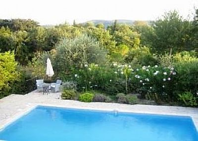 Villa in France, Provence-Alpes-Cote d'Azur: Pool and gardens