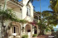 Villa in Barbados, St. James: Beachfront deck at Caprice, Reeds Bay in Barbados