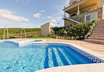 5 bedroom Villa for rent in Ayamonte