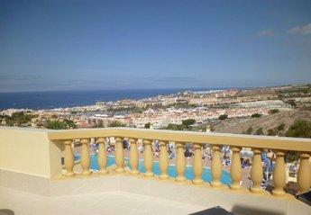 2 bedroom Apartment for rent in Adeje, Tenerife