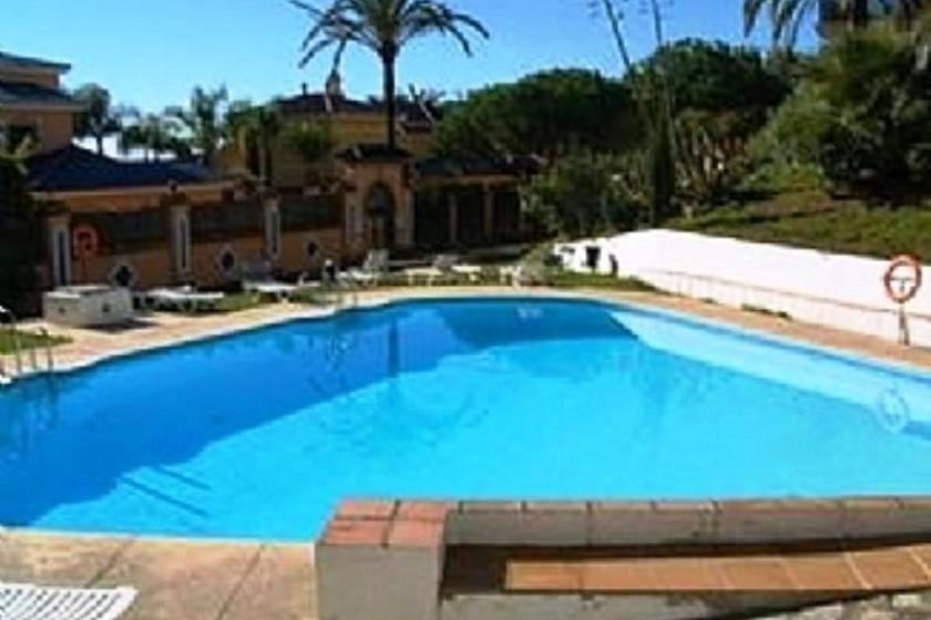 Apartment To Rent In Puerto Banus Spain With Pool 78230