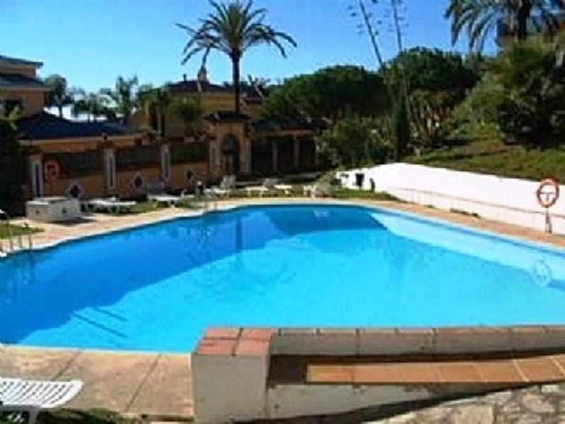 Apartment To Rent In Nueva Andaluc A Spain With Pool 78230