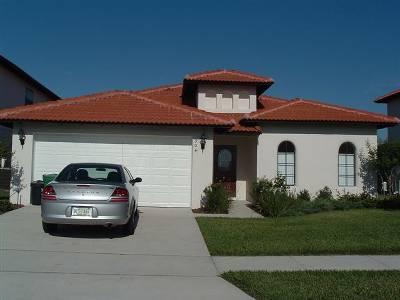 Villa in USA, Highgrove: Front Elevation