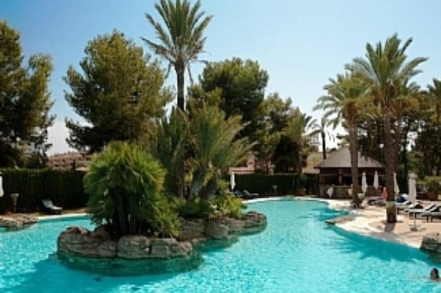 Penthouse apartment in Spain, Río Real Golf: Pool area