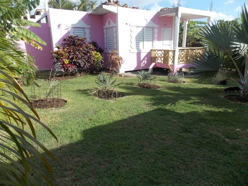 Cottage in Antigua and Barbuda, Five Islands: PINK OASIS GARDEN STUDIO
