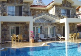Mems Villa 1 - BRAND NEW  2011.sleeps upto 6 ,