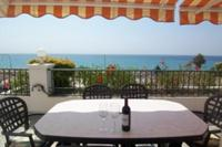 Penthouse_apartment in Spain, Burriana Beach: Dine Al Fresco Beside the Sea