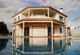 Luxury villa located south of Loulé