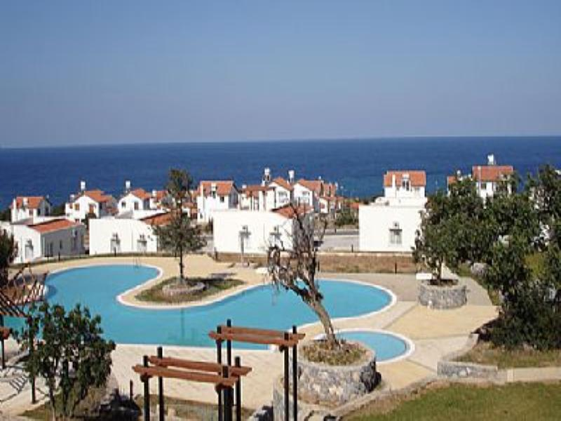 Apartment in Cyprus, Esentepe: Forest Golf and Beach Resort