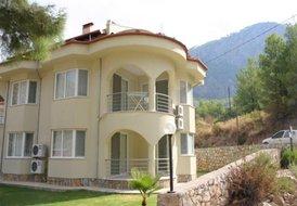 Lakeside Villa 36