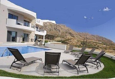 Villa in Lagkada, Crete: Welcome to Villa-Danae-Crete.com